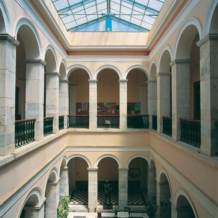 Δημαρχείο Ερμούπολης, εσωτερικό