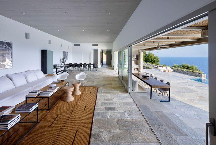 Skiathos house, architect Katerina Tsigarida